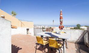 Appartement T2 avec toit terrasse et vue mer à Lagos