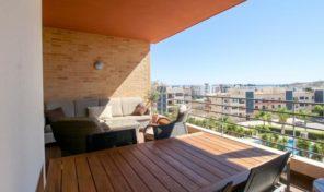 Appartement T2 vue mer et garage à Lagos